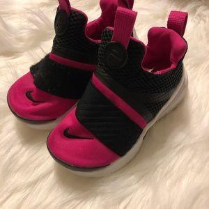 Nike Girls Shoes 8